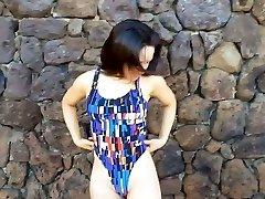 Bikini model gravure 02