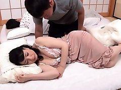 Korean yam-sized boobs Han Ye in naked F 1 8