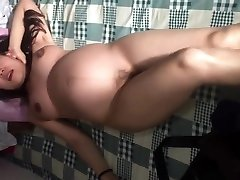 Chinese gf pregnant dancing naked in china