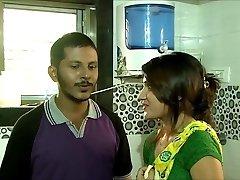 Hot Naukrani Ke Sath Romance Softcore Hindi Brief Film