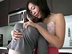 Lesbisk Melking Puffy Brystvorter