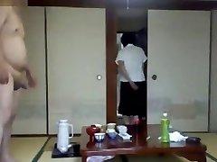 Hotel Maid Demonstrate - uflashtv.com