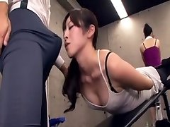 Japanese educator acquires full salute at the gym