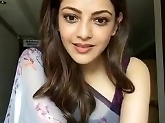 Kajal Aggarwal Flashing Armpits and Breasts in Sleeveless Saree