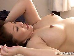 Hot mature Asian stunner Wako Anto luvs position 69