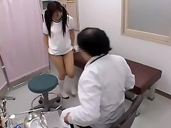 Sexy japanese is fingered firm by her mischievous gynecologist