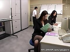 School teachers in stocking footjobs threesome