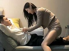 约操性感包臀裙美乳少妇,身材一级棒B很紧,让穿黑丝暴操骚到不行 China 中国