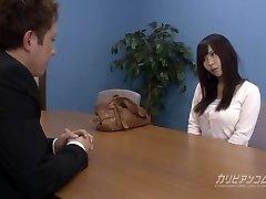 Job conversation leads sucking a wood