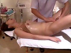 Squirms In Voyeur Clean-shaved Massage