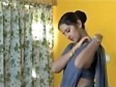 Shanthi Appuram Nithya very hot