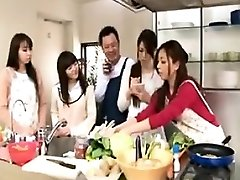 Cooking demonstrate turns into an orgy with hot babes getting jug