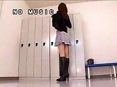 Japan Damsel And Here Pantyhose