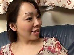 39yr senior Yuna Yumami Is a Super Squirter (Uncensored)