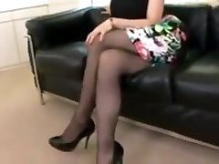 Cock-squeezing skirt obsession