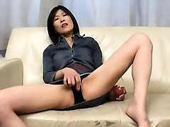 Kasumi Ito arouses pussy with wand and sucks cock and
