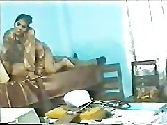 indian doctor penetrating his nurse in polyclinic part 3