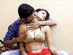 AKELI JAWAN PYASI BHABHI bollywood hard-core version champagnThreepapi urdu pakistani