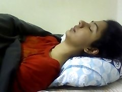 Indian girl having orgasm. Uber-cute expression. (Non nude)