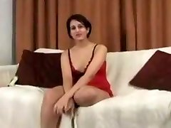 Fabulous Pakistani girl started working as a webcam damsel