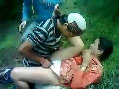 Desi Timid Aunty Fucked By Himachali Guy