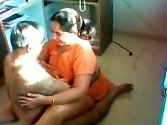 Desi Aunty Penetrated on a covert camera