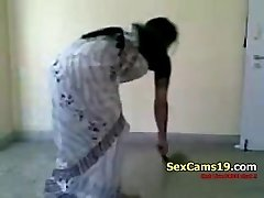 Bangla Desi Wife Glorious Farting Home Aloneb On SexCamsNineteen