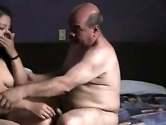 Indian prostitude damsel humped by oldman in hotel room.