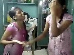 tamil lesibian college women with audio (viral-2018)
