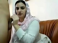 Pakistani Muslim Wife Get Big Tits Massages and Plays with Poon