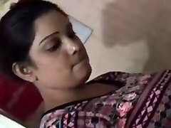 Supermarket aunty fullclip enjoy srilankan as you  demand