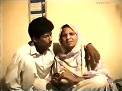 Shy Reluctant Desi Aunty gets Fucked on Movie for Money