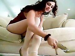 Paki Girl Mehnaz flashing her Hot Soles in White Stockings for Paki Footboys
