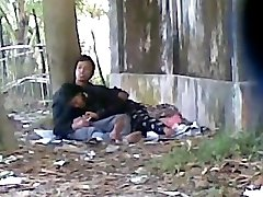 Deshi Cute LOver Sucking Phat Chisel In Public Park