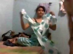 Torrid Indian housewife romped by neighbor www.peehu.in
