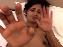 Insatisfait Indien Femme