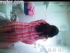 Super-hot Bengali Lady Darshita Shower From Arxhamster