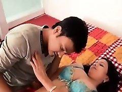 Torrid Bhabhi Making Romance
