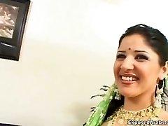 Horny Indian princess chooses fucking