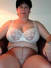 Amateur BBW in pantyhose