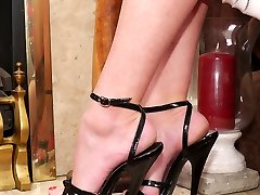 Dr Holly continues to feed your most sexual fetish as you look at her high 6 inch heel sandal....