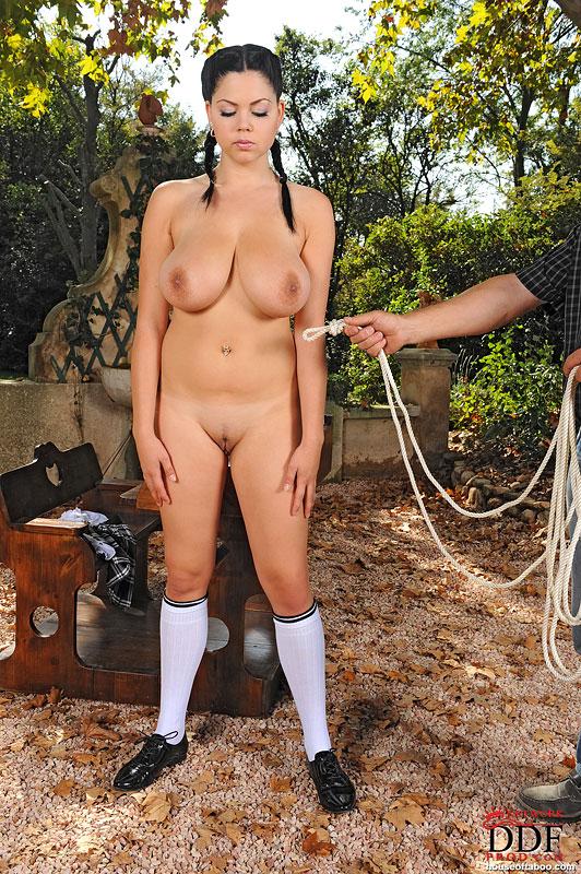 Naked shione cooper Shione Cooper