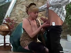 Busty blonde nuzlan xxx litel gets her pussy pounded
