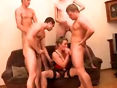 Russian aii bbw tue fucks 4 boys