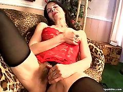 Hot mature masturbating