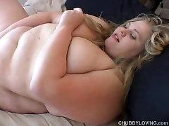 Beefy big tits BBW beauty fucks her soaking wet pussy