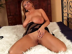 Blonde trample fendom public cum in Euro Milf Wanks With Fake real home bed Black Cock