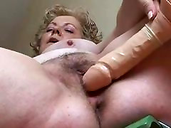 Big cock shaking by hans mature