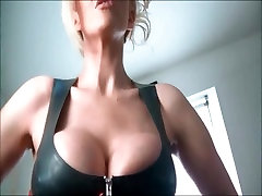 Hot chick with red seks fake tits