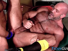 Ass fucked muscly bear